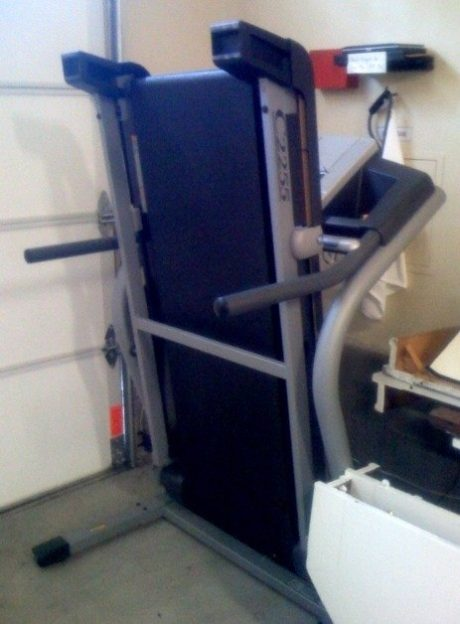 how to unfold a nordictrack treadmill